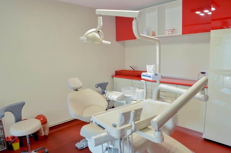 urgente stomatologice iasi